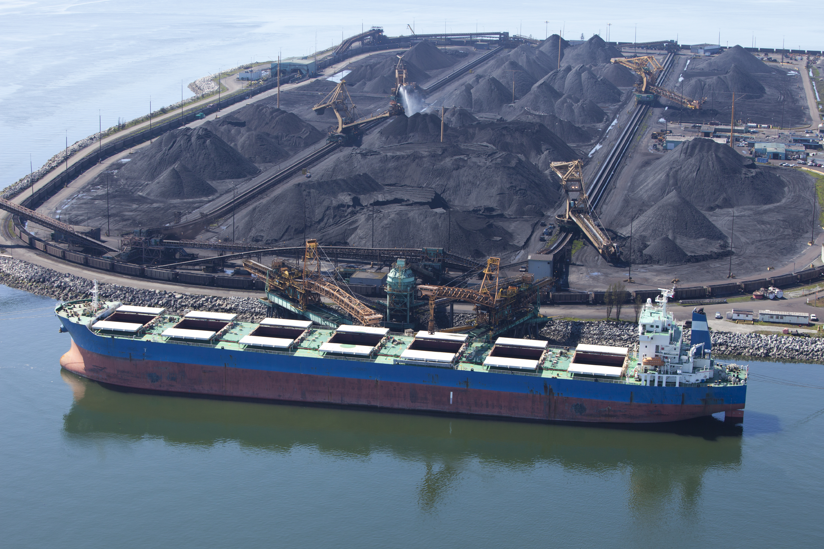coal energy Spot market coal price in china reached a new historical high in 2017, chiefly because total output could not meet the rising coal demand the effect of this increasing coal price in china spilled over into the rest of the world in 2017.