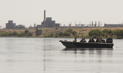 Boats at Hanford, photo by Evan Abell, Yakima Herald-Republic